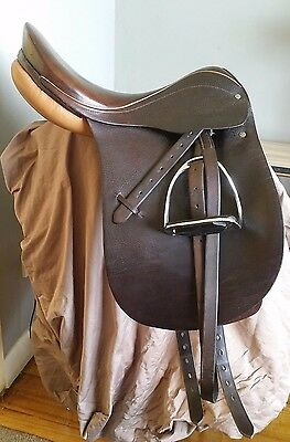 """FelsBach Dressage Saddle - 16.5"""" brown leather - mounted"""