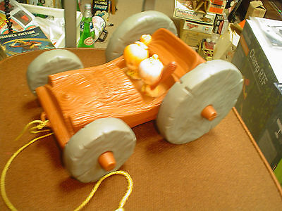 Flintstones Pull Toy with Fred Barney Pebbles & Bam Bam