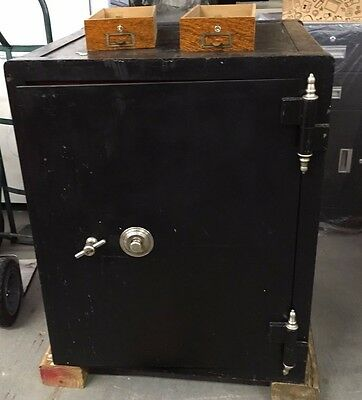 Early 1900 Antique Hall Safe, working combinations, excellent working condition