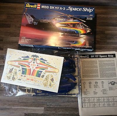 REVELL 1/32 maquette helicoptere MBB BK-117 A-3 Space Ship
