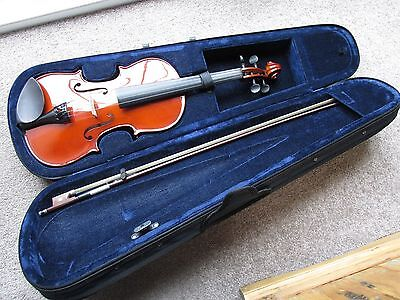 Mayflower 4/4 Violin With Fitted Case