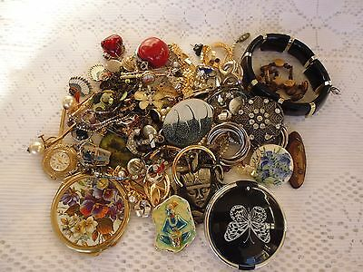 Over 50 pieces of Vintage/Modern Jewellery for wear or repair 3 DAY AUCTION