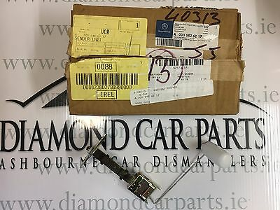 Brand New Genuine Mercedes Fuel Sender Unit A0005426217