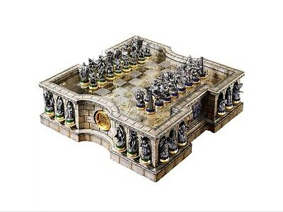 Official Lord of the Rings Collectors Chess Set - Noble Collectable LOTR Boxed
