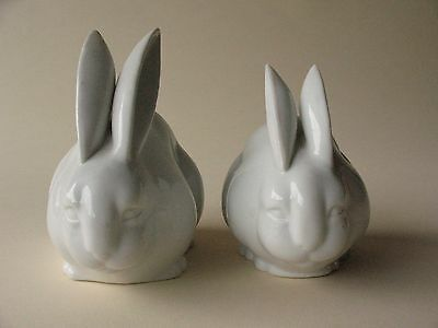 Old Estate porcelain Japanese RABBIT pair zodiac HARE animal figure statue