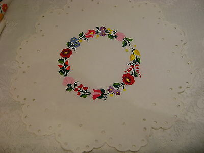White Hand embroidered colorful flowers scalopped edge Kalocsa table topper