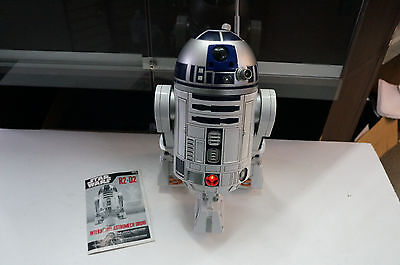 Hasbro Star Wars 2002 Voice Activated R2-D2 INTERACTIVE ASTROMECH DROID