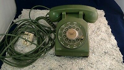 Vintage Green Rotary Dial Dsk Phone  ( tested and working )