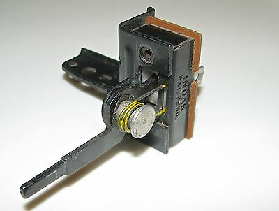 1973 Ford / Mercury Defroster Switch - D3AB-18C621-AA