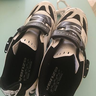 Venzo Cycling Shoes & Wellgo Pedals And Cleats