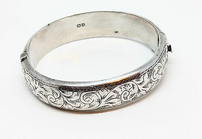 Superb Vintage English Sterling Silver Bracelet Hallmarked - Chester - 1951