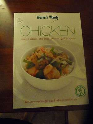 Womens Weekly cookbook CHICKEN soups salads stirfries curries grills roasts EUC
