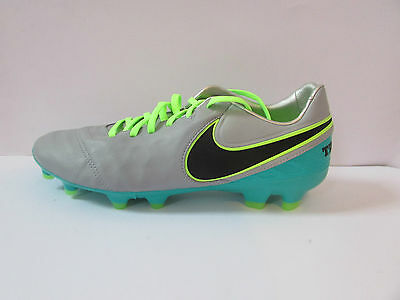NEW - Nike Tiempo Legacy II Mens Football Boots UK 9 Size - NEW