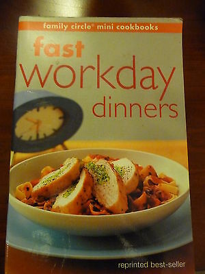FAMILY CIRCLE mini cookbook FAST WORKDAY DINNERS Reprinted Bestseller EUC
