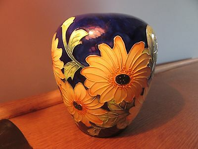 """Old Tupton ware blue with sunflowers vase 6"""""""