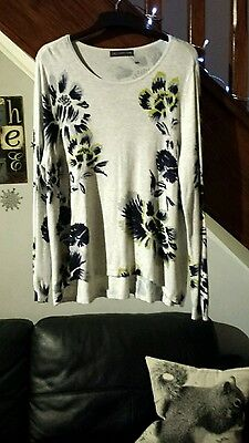 M & S Collection Smart Long Tunic Top Pale Grey Black Floral Size 18