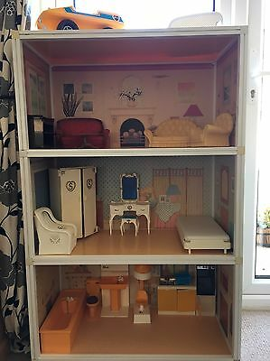 Vintage 1980's Sindy Doll Super Home With Furniture And Car!