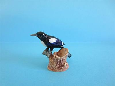 New Custom Made Amazing Baby Magpie Bird On  Branch Figurine, Popular, So Cute