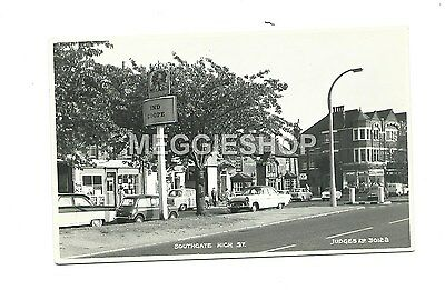 London / Middlesex : Southgate High Street - Judges Postcard 30122 Pub