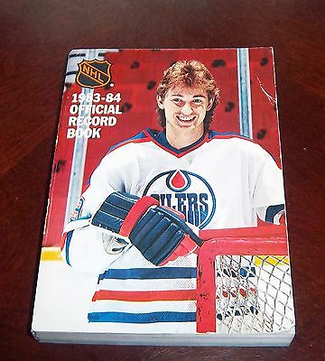 Official NHL  Guide 1983-84 Wayne Gretzky