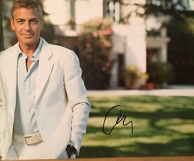 George Clooney ~ HAND SIGNED ~ 10x8 photo ~ Oceans Eleven ~ AUTOGRAPH