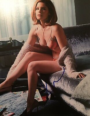 Kate Mara  ~ HAND SIGNED ~ 10x8 photo ~ The Martian ~ AUTOGRAPH