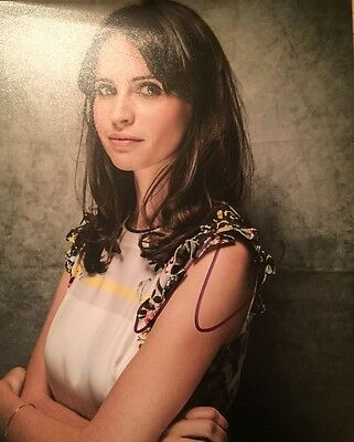 Felicity Jones  ~ HAND SIGNED ~ 10x8 photo ~ Star Wars Rogue One ~ AUTOGRAPH