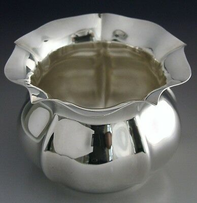 Very Pretty Boxed Solid Sterling Silver Bowl 2001 Mint