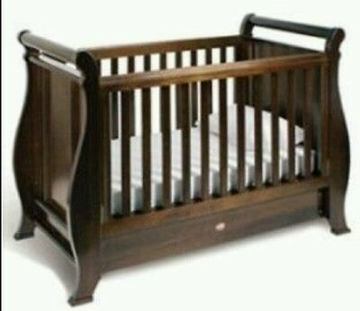 Boori Country Collection Sleigh Cot and Matching Change Table