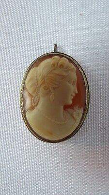 Vintage Sterling Silver Shell Cameo Pendant