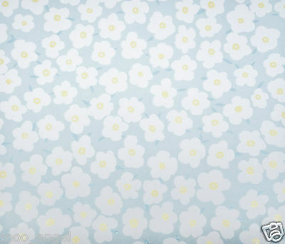12 sheets of pale blue craft paper patterned with pretty daisy flowers 7 x 7 ""
