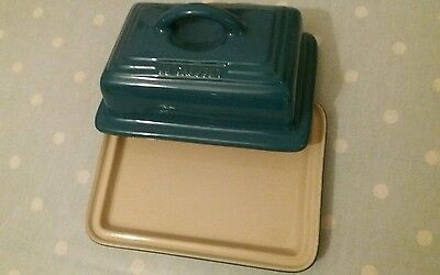 Le Creuset Stoneware Butter Dish with Lid, Deep Teal/Dark Teal Brand New