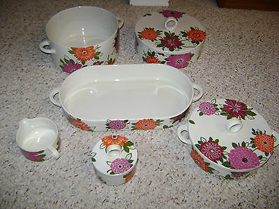 Villeroy & Boch  6 Piece  Flower Set  Rare