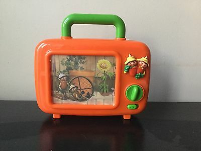 BBC's BILL AND BEN WIND-UP MUSICAL TELEVISION TOY- RETRO LOOKING -CLASSIC ORANGE