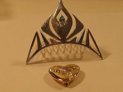 Vintage Disney Tiara & Arm 2 Wand Pin/both In Good Condition/very Nice.