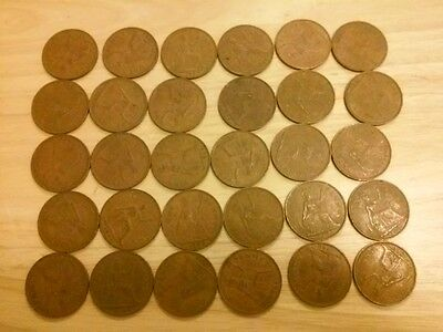 30 Great Britain UK England Large Cent One Penny Coins Junk Drawer Lot English
