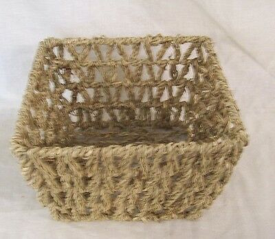 "Store Fixture Supplies WIRE FRAME BASKET WITH ROPE BRAIDING 7.75"" x 4.75"""