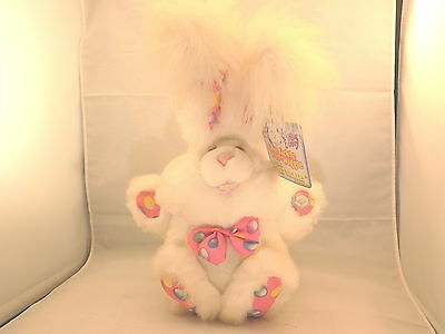DanDee Vintage 1993 Giggle Bunny Giggles and Moves with Tags