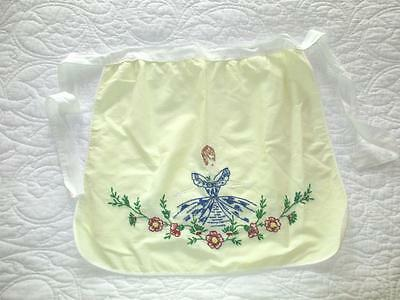 Sweetest Vintage Southern Bell Hand Embroidered Apron Yellow/White Cottage Chic