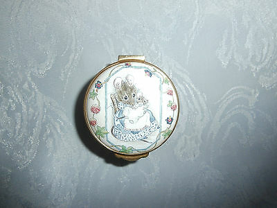 Crummles Beatrix Potter Hunca Munca Mouse Green Enamel Trinket Box Pill Box Rare