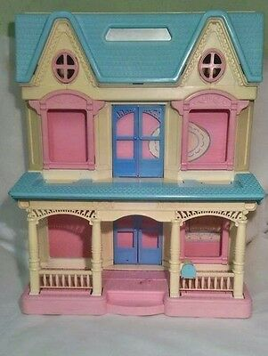 Vintage Fisher Price Loving Family Dream Dollhouse 6364 Dream Folding Doll House