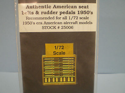 True Details 1950's U.S.Helicopter Seat belts & pedals for 1:72 scale #25006