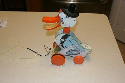 2004 Fisher-Price Mattel Quacking Dr Duck Plastic Pull Toy Vintage Reproduction
