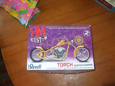 Revell model Torch 1:12 scale Custom chopper 2006 Multiple optional parts