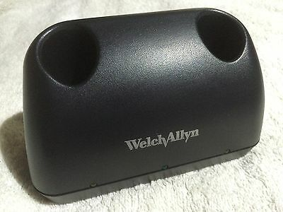 Welch Allyn Ophthalmoscope Otoscope UNI Desk Battery Charger NICAD Handles 7114x