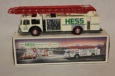 1989 Hess Toy Fire Truck In Box