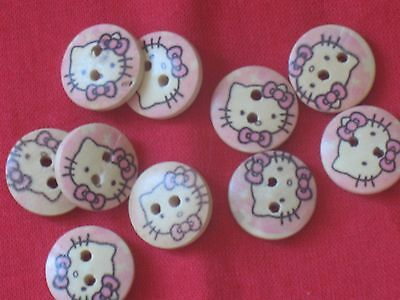 B28 Lot 10 Boutons En Bois Fantaisies Chat Hello Kitty Neuf