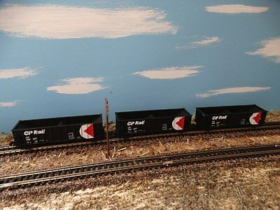 Lot Of (3) Walthers Ballast Hopper Cars - N Scale