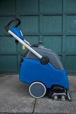 Windsor Clipper Duo - Commercial Carpet Extractor