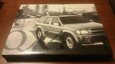 1998 Infiniti QX4 Boxed Photo and Video Kit for Press and Dealerships